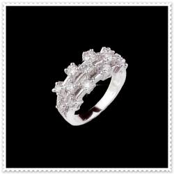 ไออาร์ ไดมอน เซตโรสซินี่ แหวนเพชร W351348 ขนาด 51 /  ชิ้น