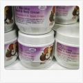 Skin Mates Whitening Hand & Body Cream Mangosteen & Apple Grape SK3026